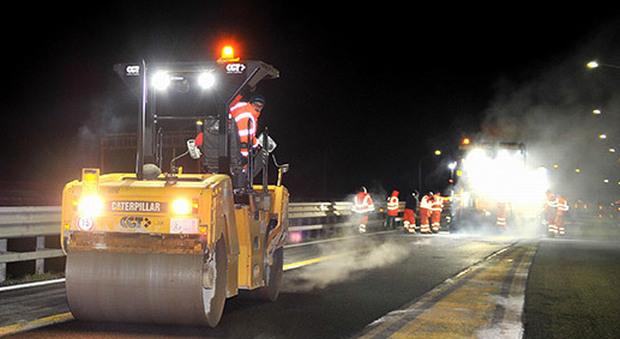Lavori asfaltatura, chiusura notturna per 6 ore del tratto San Stino-Portogruaro - Il Gazzettino