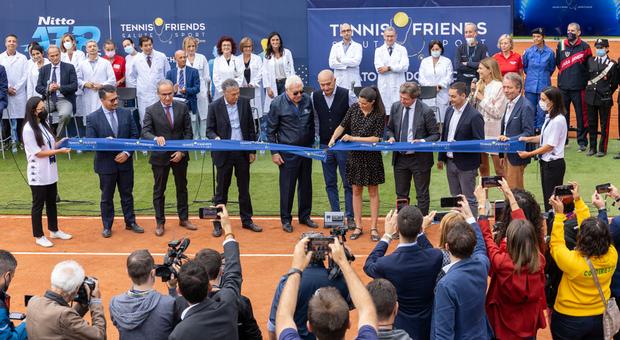 Tennis & Friends, a Torino un villaggio della Salute per consulti medici, prestazioni specialistiche gratuite e vaccinazioni