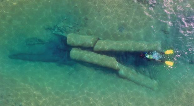 Relitto delle colonne di Kamarina in Sicilia, visto dal drone (foto di Dario Innocenti)