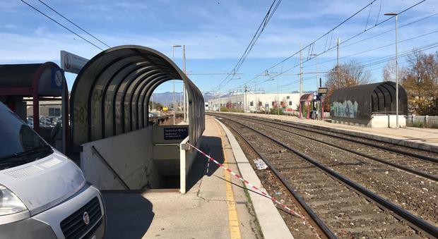 Tragedia in stazione a Spresiano: ventenne travolto e ucciso dal treno