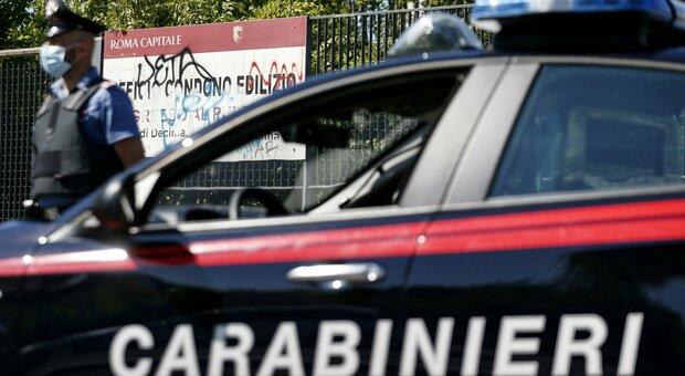 Roma, ubriaco investe una ragazza: scappa e rischia il linciaggio