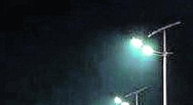 Plafoniere Per Lampioni Stradali : Lampade a led e nuovi lampioni sulle strade comunali