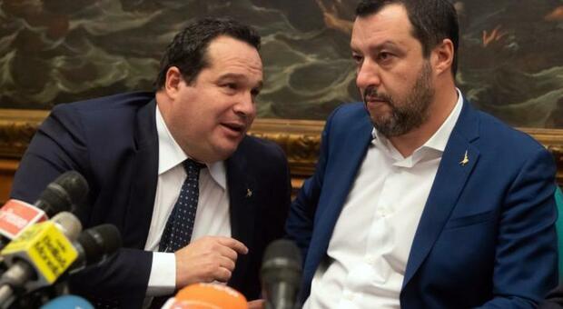 Durigon si è dimesso: Salvini, mollato anche da Forza Italia, l'ha convinto