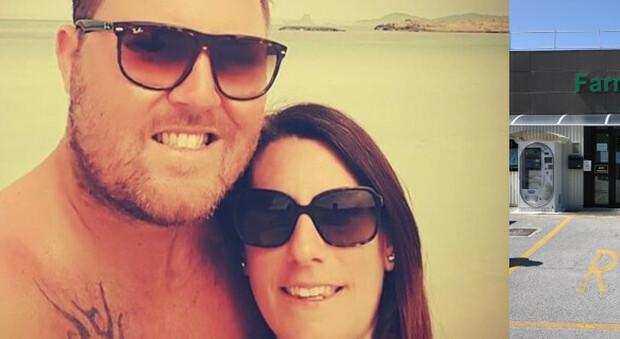 La coppia: Matteo Piva e Serena Fasan erano legati da 4 anni. A fianco la farmacia dove lavorava