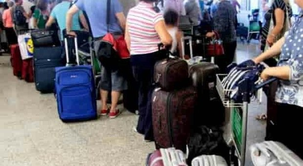 Aeroporto Marco Polo, code check-in (foto di repertorio)