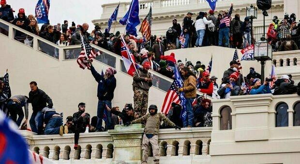 Capitolo Hill, repubblicani bloccano inchiesta sull'assalto: vittoria per l'ala pro-Trump del partito