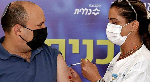 Terza dose di vaccino, in Israele la positività crolla dell'84% con il richiamo