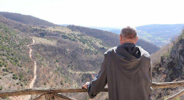 «Addio, mollo tutto» e la vita ricomincia facendo l'eremita: in Italia sono più di 300