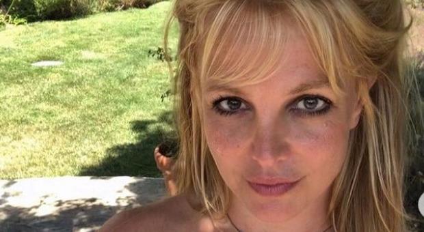 Britney Spears, il padre accusato di estorsione: «Vuole 2 milioni di dollari per dimettersi da tutore»