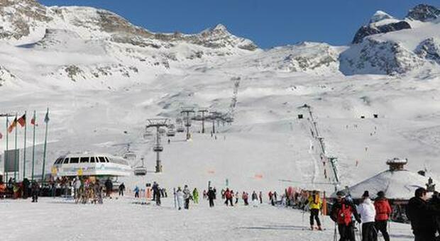 In pista con il Green pass: regole per la ripartenza, così si prepara la nuova stagione sciistica