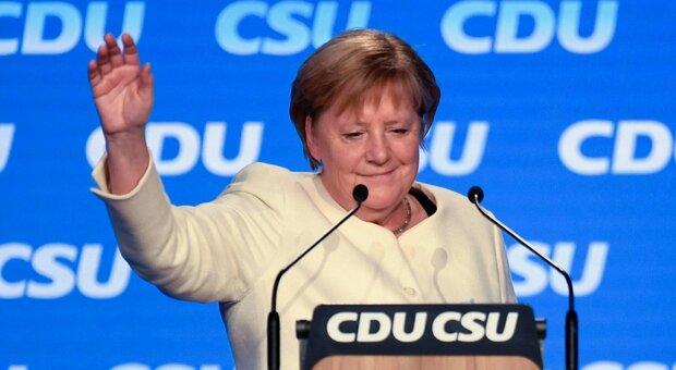 Angela Merkel lascia dopo 16 anni, passione per l'Italia ma poca spinta all'Europa