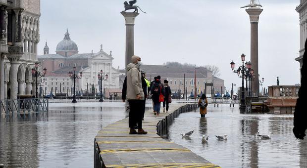 Meteo, sarà sempre più estremo: ondate di calore, Venezia fra le citta a rischio