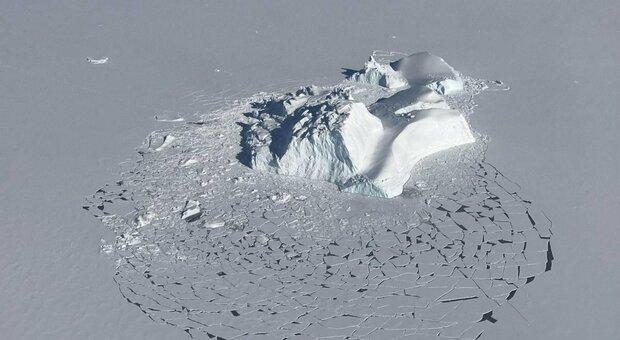 La Groenlandia si sta sciogliendo: l'allarme dello studio sul riscaldamento globale