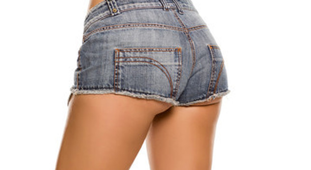 Seducenti, intramontabili e corti, anzi, cortissimi. Gli hot pants