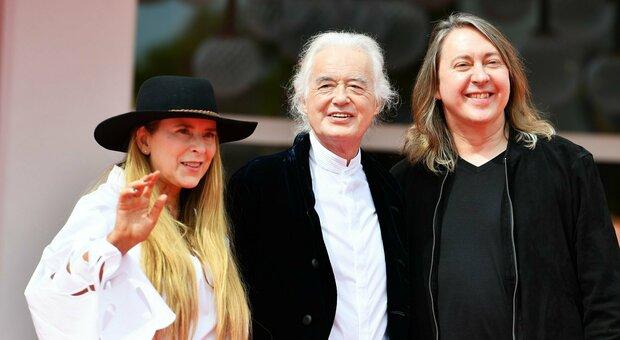 Venezia 78, il regista di Becoming Led Zeppelin: «Niente sesso e drogra? È un film sull arte»