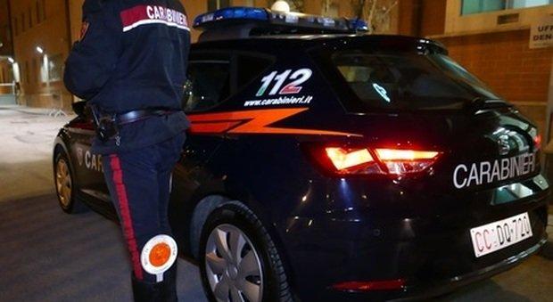 Il blitz dei carabinieri ha stroncato le estorsioni della donna