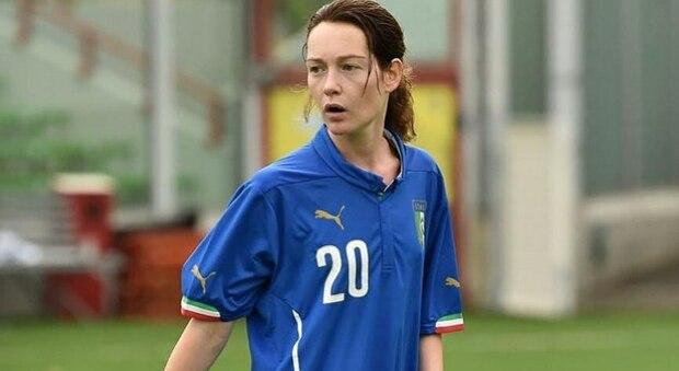 Cristiana Capotondi: «Calcio misto per imparare l'uguaglianza»