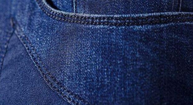Marchio Jeans Jeckerson acquistato da Mittel per 5 milioni