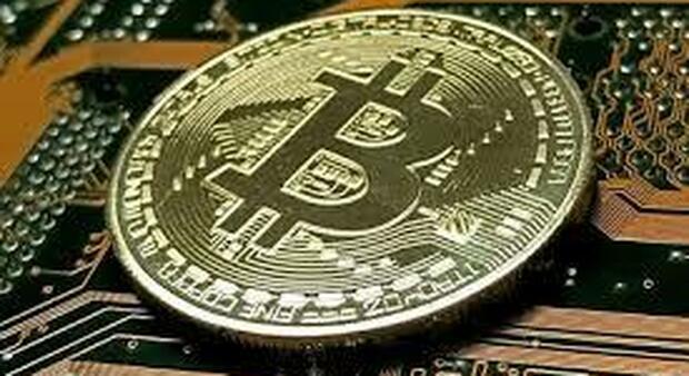 Bitcoin, la seconda ondata delle criptovalute: perché tornano a volare