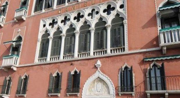 """L'hotel Danieli di Venezia """"riassume"""" il facchino egiziano (archivio)"""