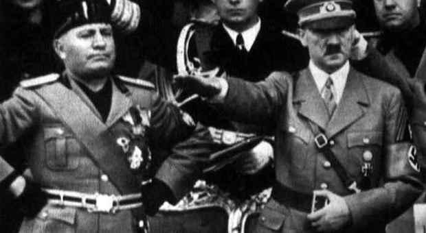 Posta foto di Mussolini e Hitler, indagato sottoufficiale della Guardia costiera