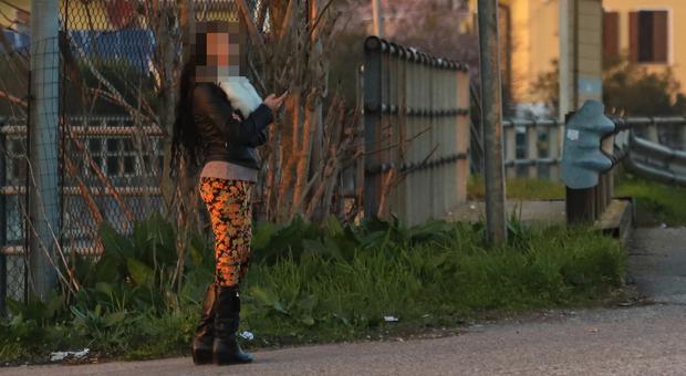 GIRO DI VITE Stretta della polizia locale sui controlli anti prostituzione a Mestre e Marghera