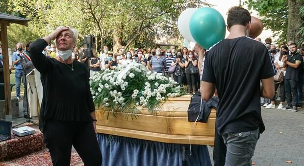 Il funerale di Giacomo Berto