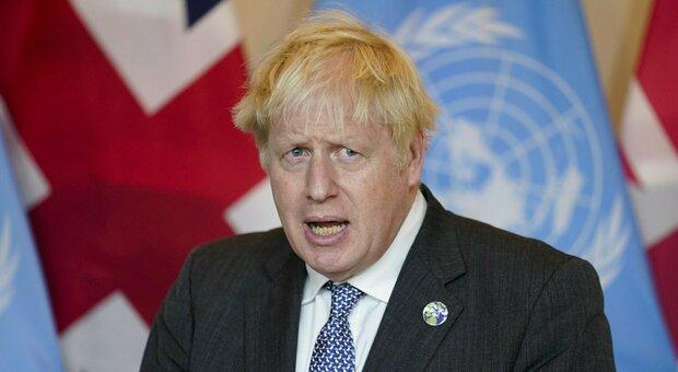 Boris Johnson aspetta il settimo figlio, e in tv ammette: «Cambio un sacco di pannolini»