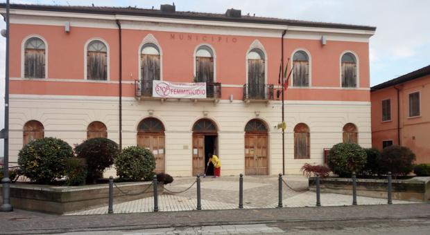 Il municipio di Villanova del Ghebbo