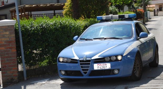 Tentato omicidio a Treviso. Olio bollente in faccia al coinquilino e pestaggio: arrestato straniero irregolare
