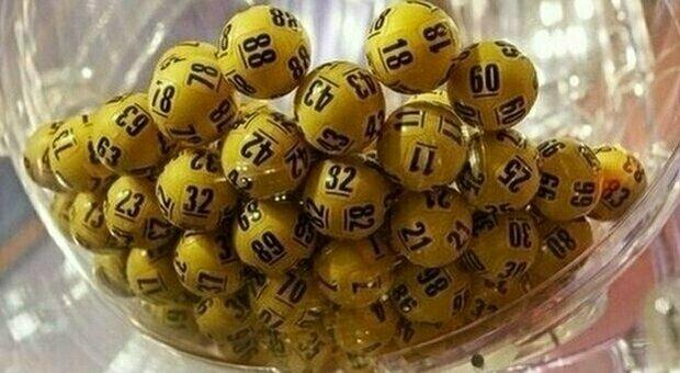 Estrazioni Lotto, Superenalotto e 10eLotto di giovedì 29 aprile: numeri vincenti e quote. Nessun 6 né 5+