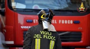 Trieste Incendio In Casa Camera Da Letto Distrutta Dalle Fiamme Morto Un Uomo