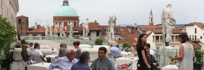Fiori d\'arancio in Basilica Palladiana costerà duemila euro