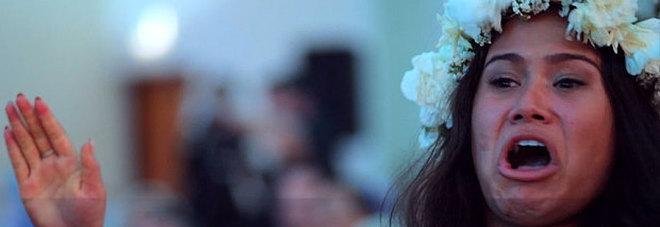 Matrimonio In Nuova Zelanda : Al matrimonio in nuova zelanda anche la sposa fa l haka