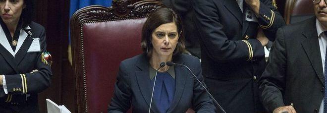 Rai s camera alla riforma ora torna al senato for Si svolgono alla camera