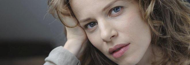 Sonia Bergamasco è la madrina della 73  Mostra del cinema