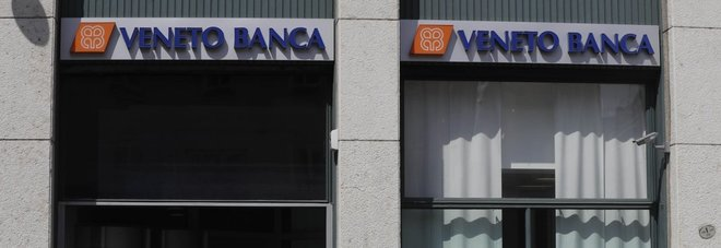Pd spaccato, Emiliano: «Non votate decreto che salva le banche venete»