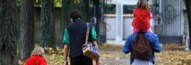 COPPIA CON BIMBI SFRATTATA CHIEDONO IN AFFITTO LA CANONICA,MA E' PER I PROFUGHI