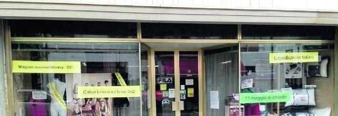 «Troppe tasse: costretti a chiudere lo storico negozio dopo 120 anni»