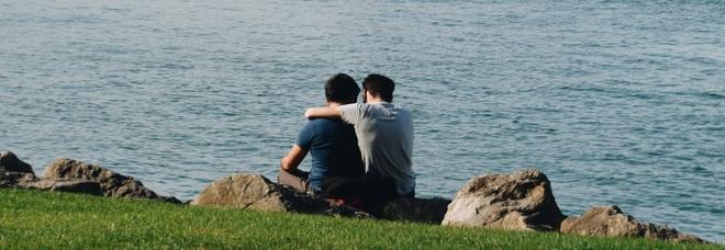 nero bianco gay dating sito incontri app Schweiz