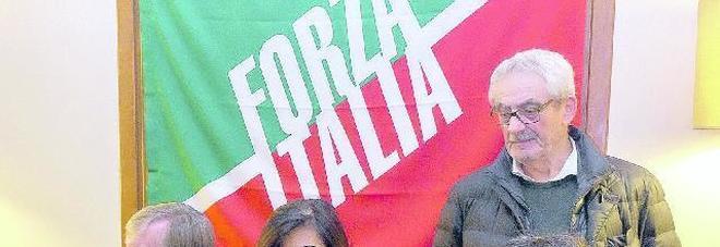 I senatori di forza italia scaricano il sindaco bergamin for Senatori di forza italia