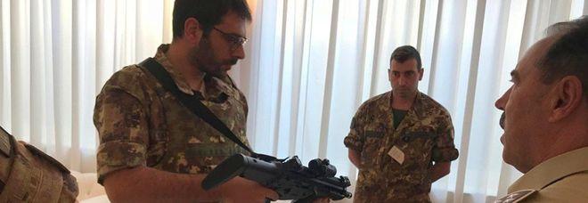 4011843_1108_tofalo_militare_strade_sicu