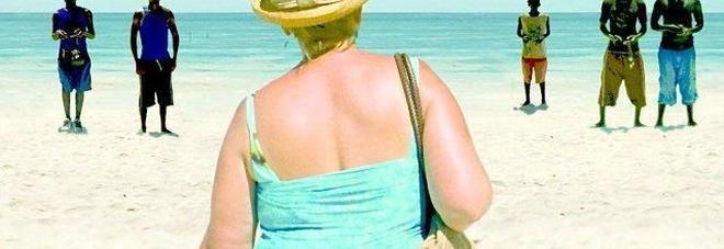 """Turismo sessuale rosa, 600 mila donne l'anno cercano l'""""amore"""" in luoghi esotici"""