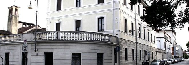 La sede della Forestale in via Caffi a Belluno