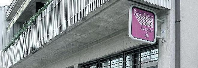 Tentata rapina agli uffici postali  «Sono disperato non trovo lavoro»