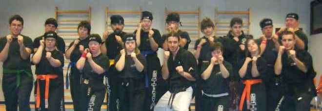 Il team di kick-boxing all'Arep