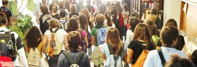 Gli studenti delle medie non possono tornare a casa da for Planimetrie da 1200 piedi quadrati