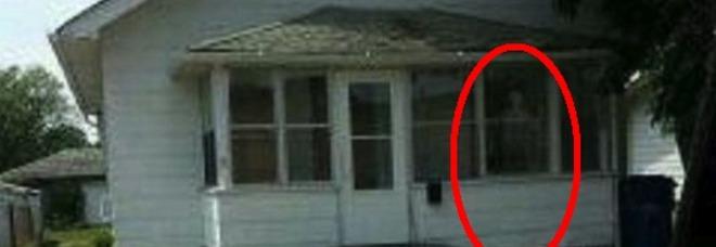 La casa infestata eventi choc e la bimba cammina sul soffitto for Fantasmi nelle case