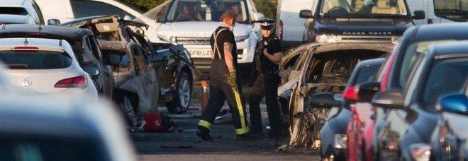 Jet Privato Turco Caduto : Jet privato si schianta in un parcheggio morte sorella e