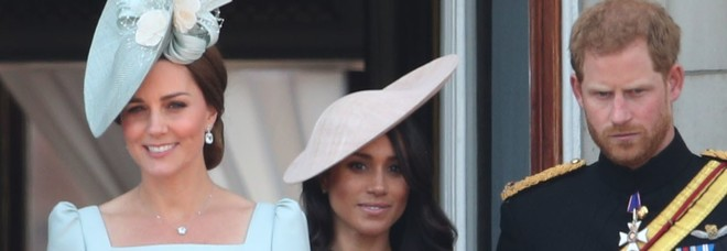 Meghan Markle battuta da Kate Middleton: la moglie di William è la preferita dagli inglesi